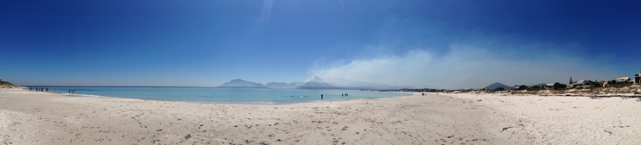 chapmans peak fires from long beach kommetjie