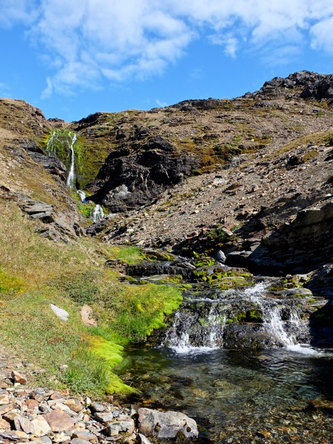 Shackleton's waterfall on the Stromness side of the hike after a steep shale descent