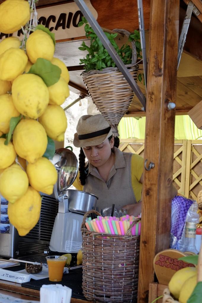 Amalfi fresh lemonade after the hike
