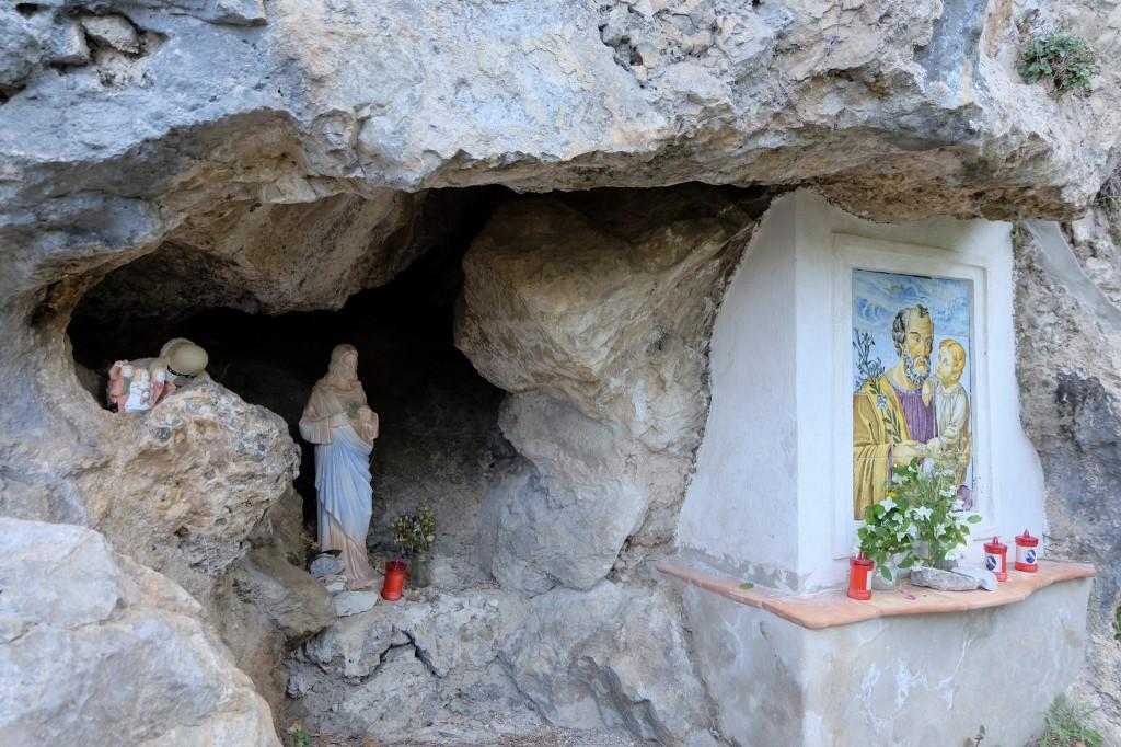 Amalfi prayers along the hike