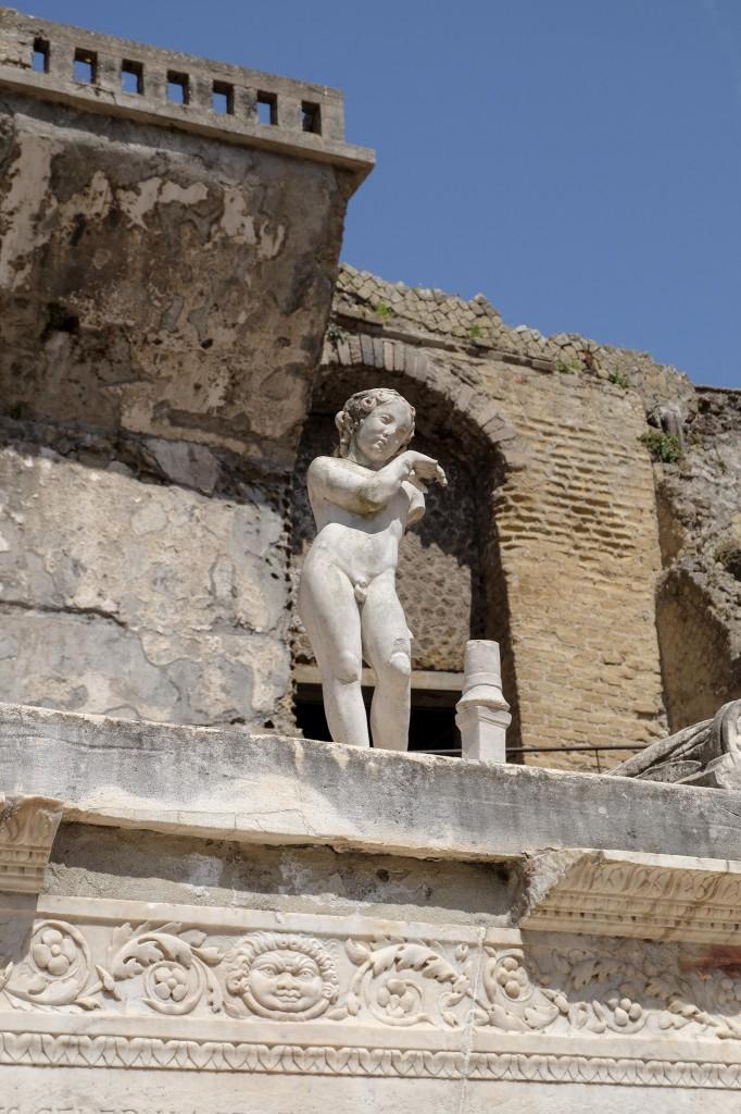 Herculaneum angel