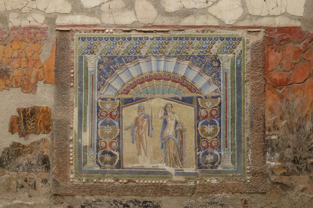 Herculaneum wall tile